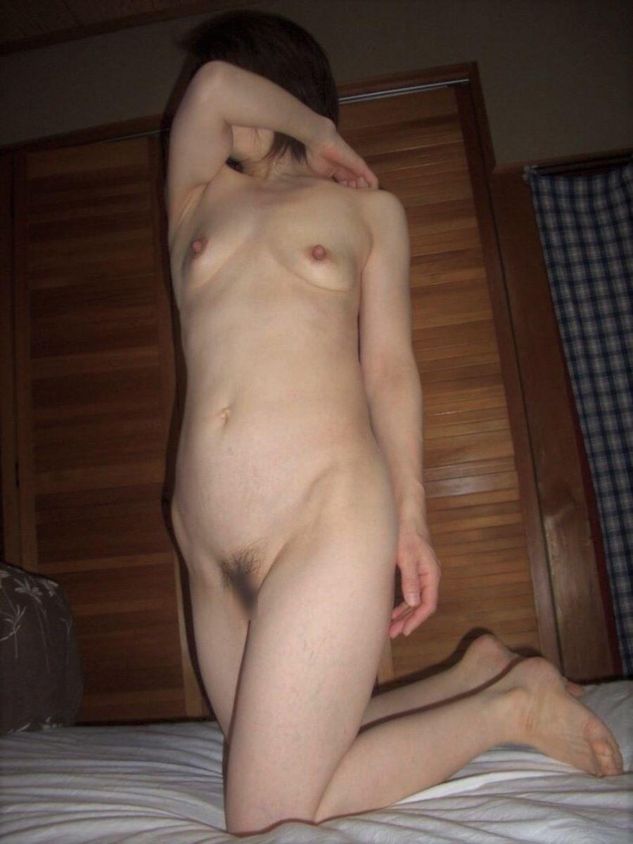 素人 貧乳熟女 エロ画像 41