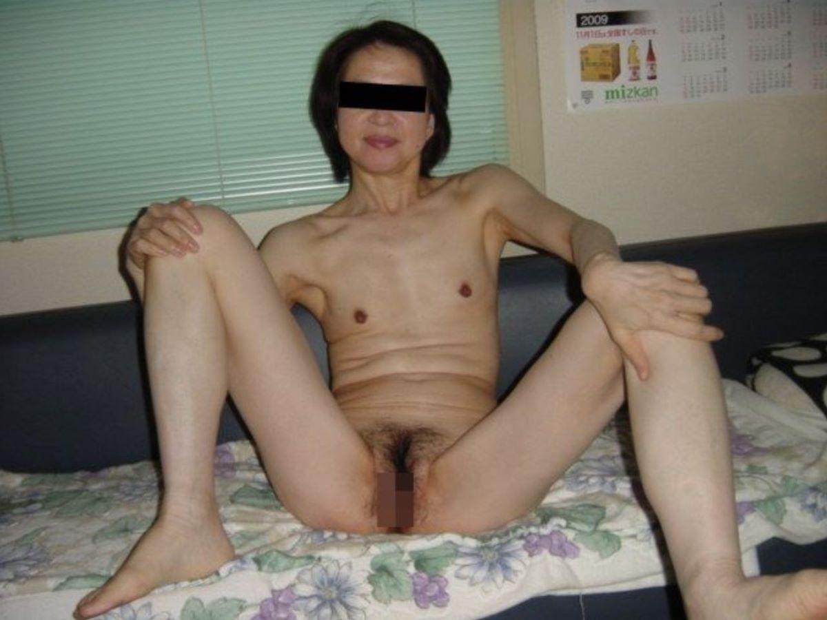素人 貧乳熟女 画像 54