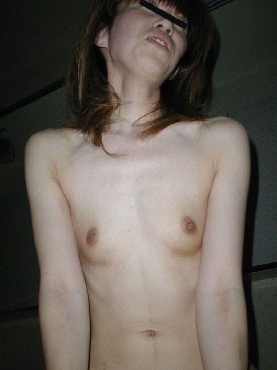 素人 貧乳熟女 エロ画像 111