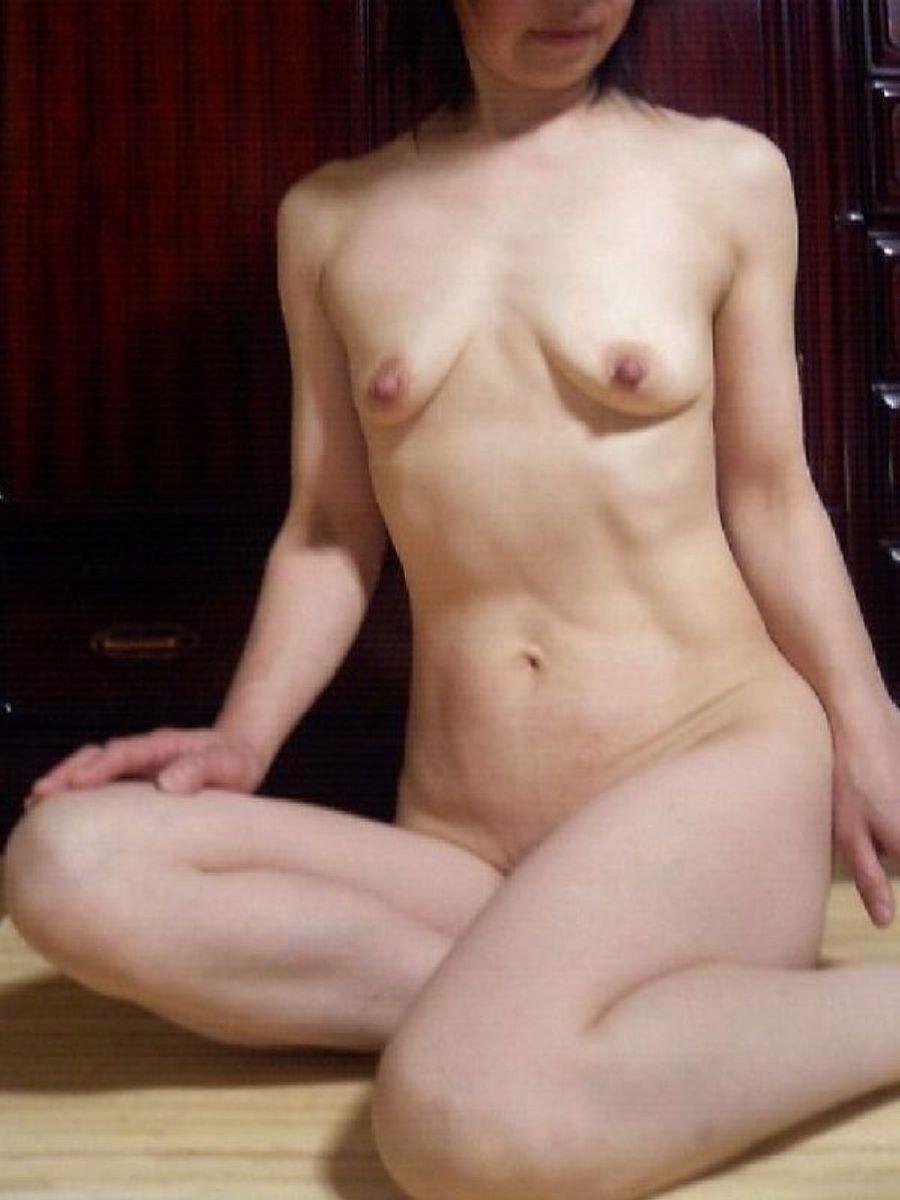 素人 貧乳熟女 エロ画像 122