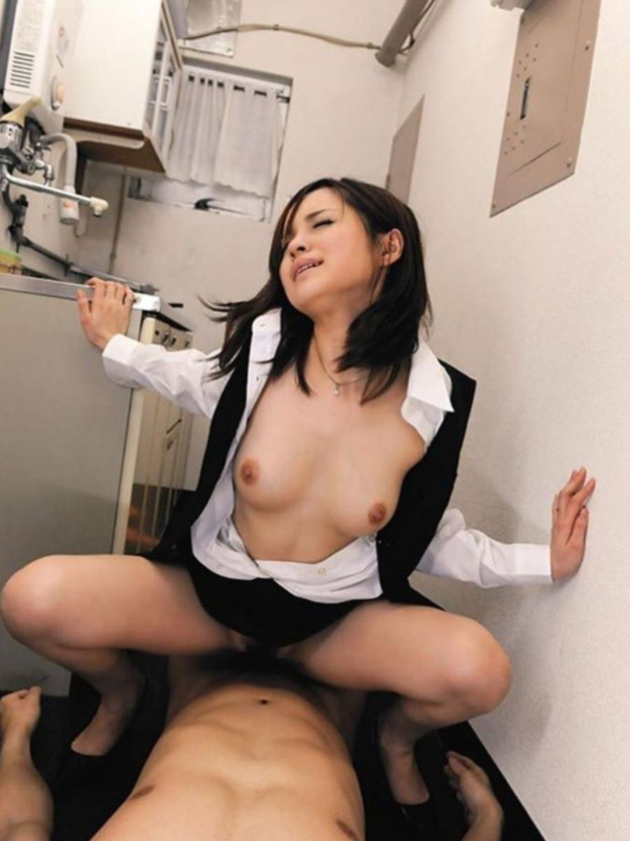 OL セックス 画像 65