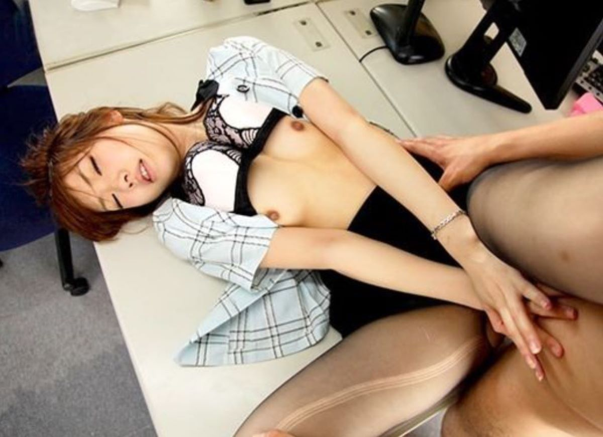 OL セックス 画像 73