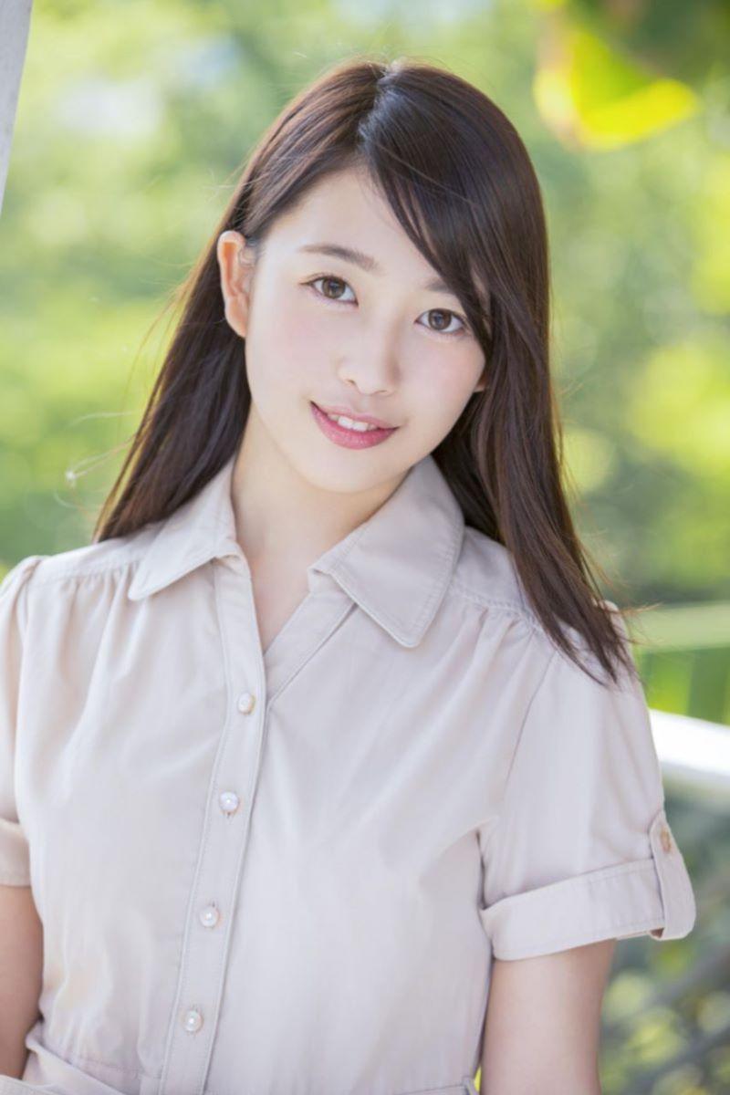 三田杏 大家族でTV取材された娘のAVデビュー画像
