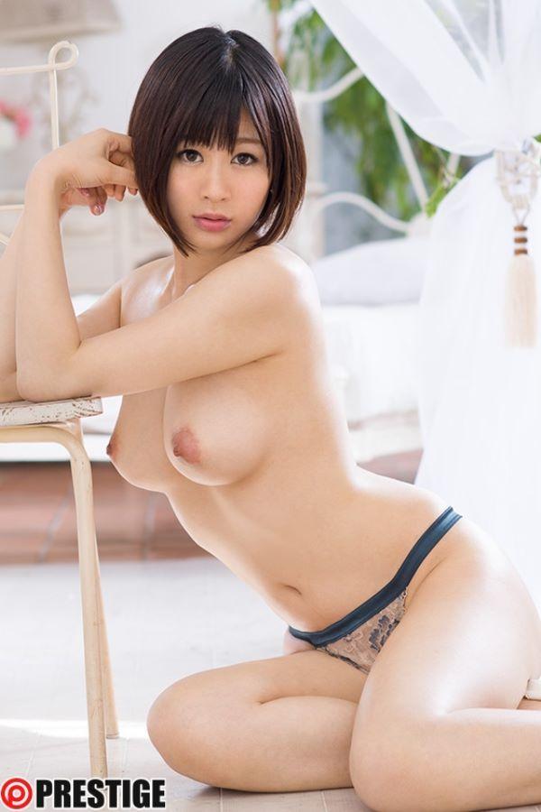 客室乗務員 豊田愛菜 画像 2
