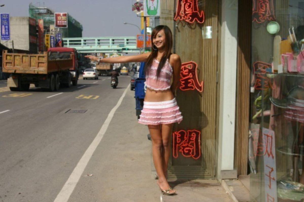ビンロウ売り 台湾女子 エロ画像 36