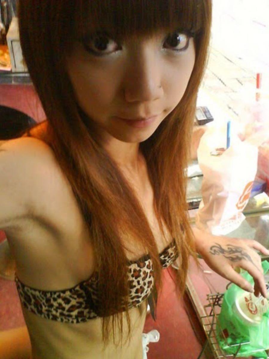 ビンロウ売り 台湾女子 エロ画像 48