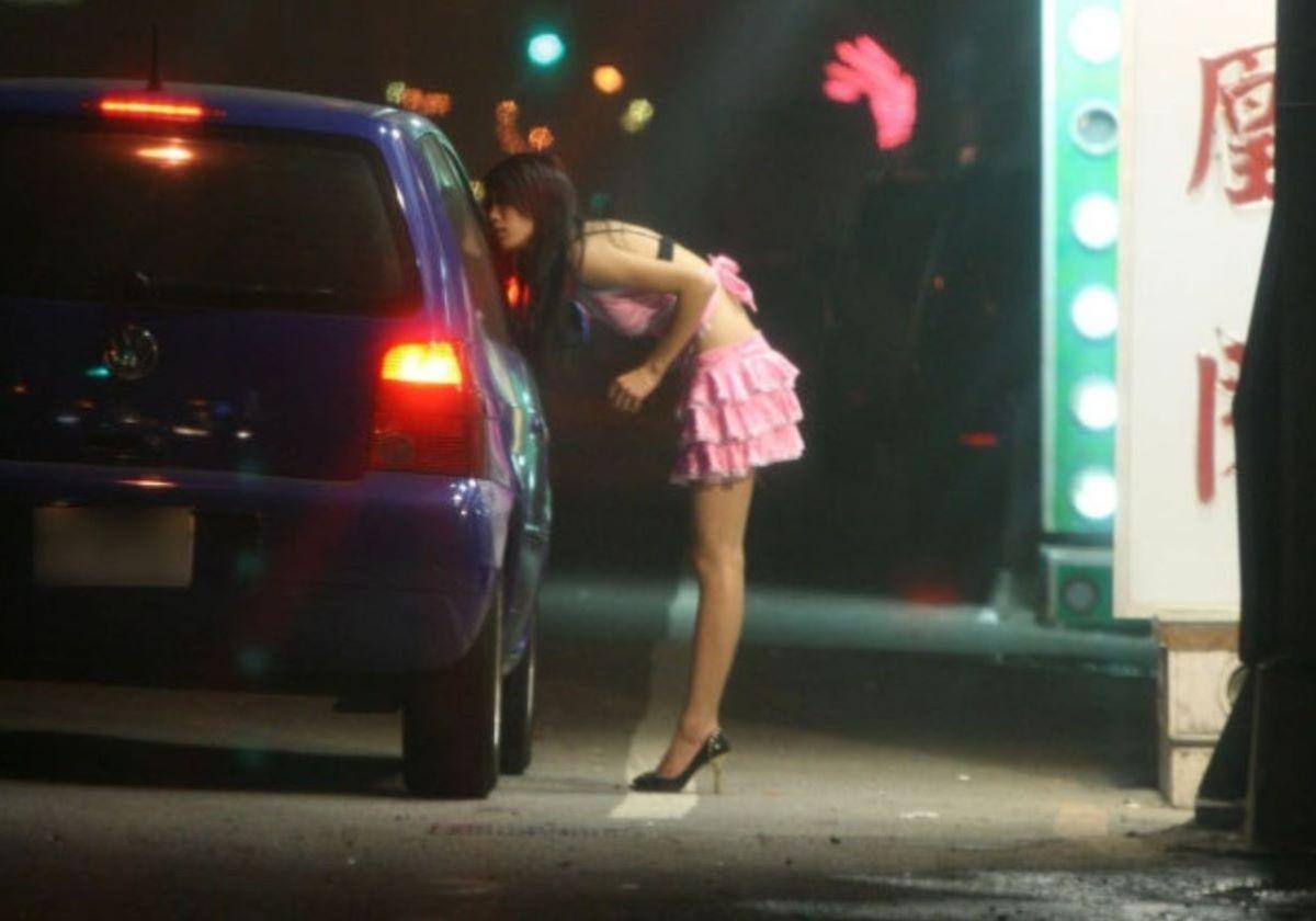 ビンロウ売り 台湾女子 エロ画像 90
