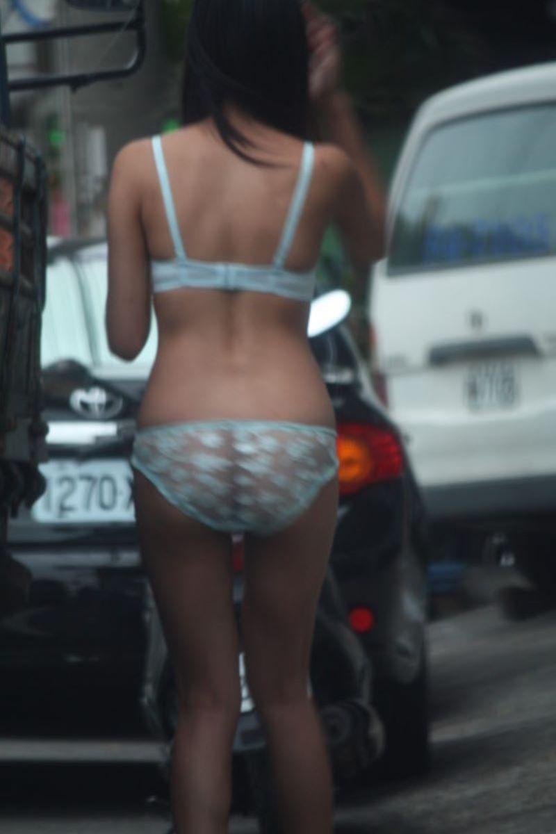 ビンロウ売り 台湾女子 エロ画像 123