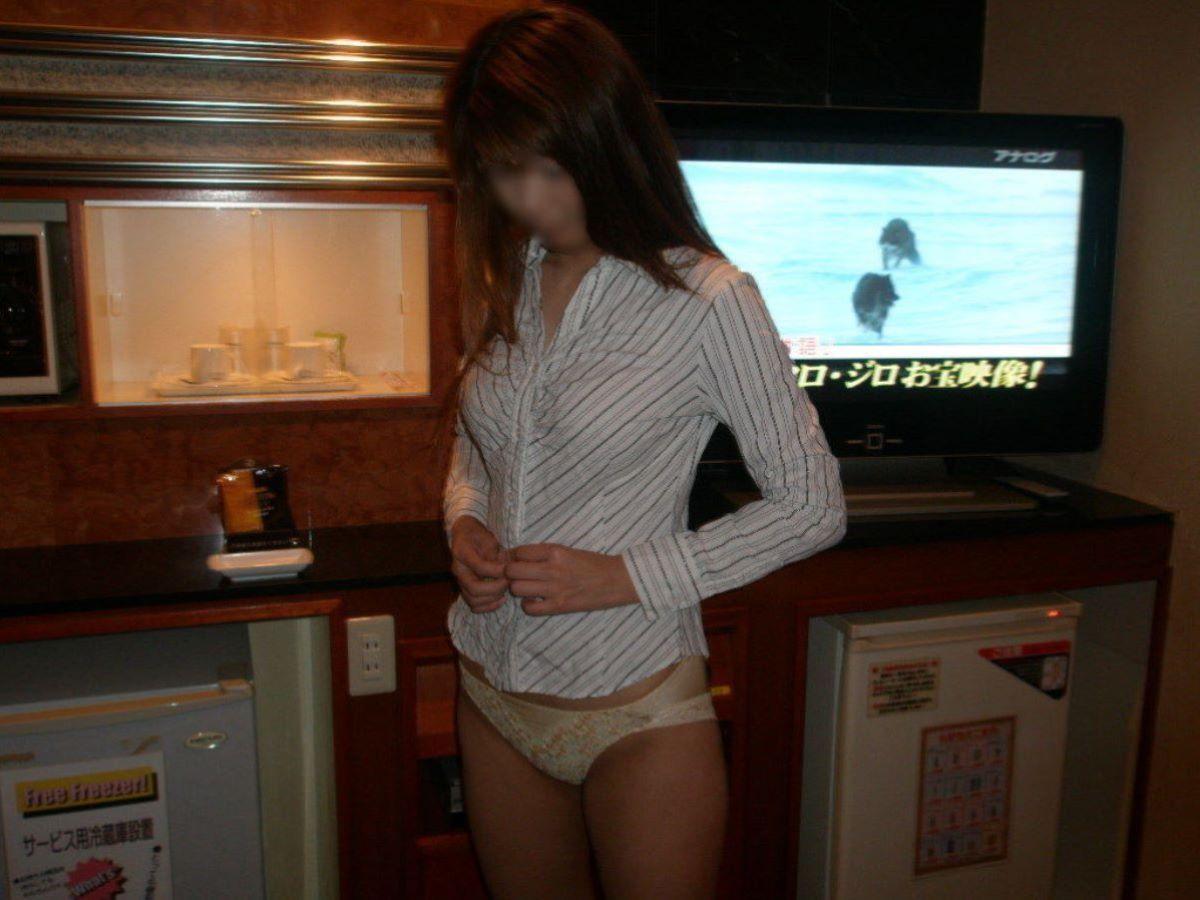 素人ギャル 脱衣 エロ画像 36