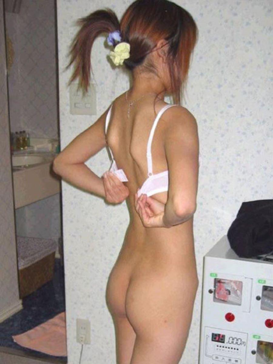 素人ギャル 脱衣 エロ画像 89