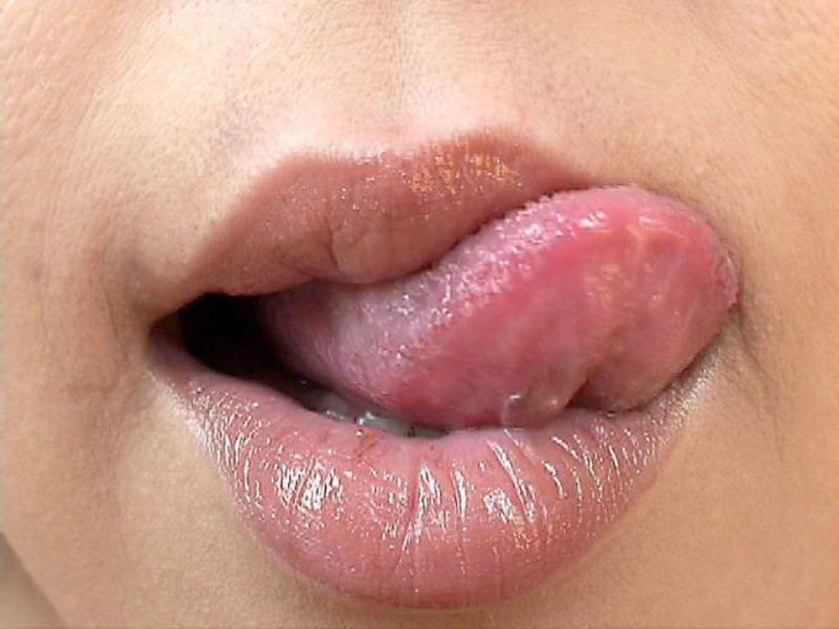 唇 エロ画像 14