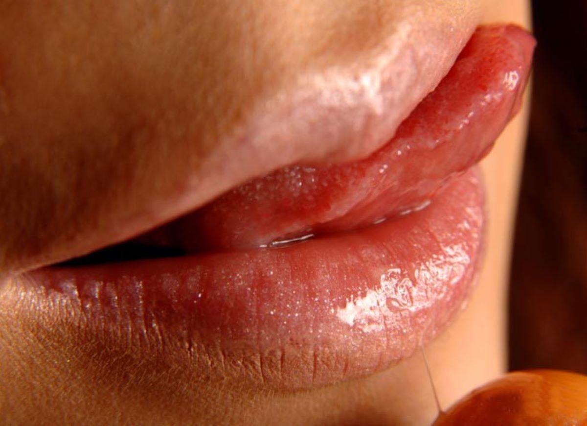 唇 エロ画像 25