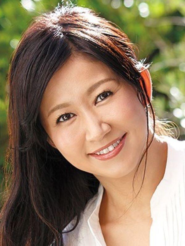 アラフォー人妻 内田ゆり子 画像 1