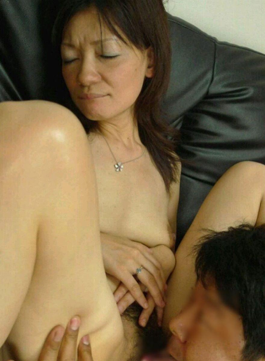 熟女 クンニ 画像 39