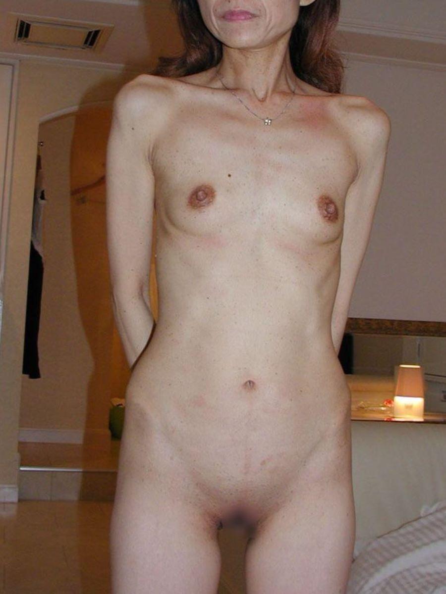 貧乳 スレンダー 熟女画像 40