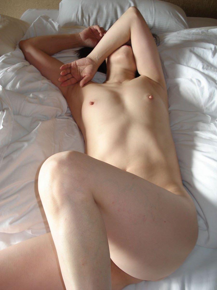 貧乳 スレンダー 熟女画像 46