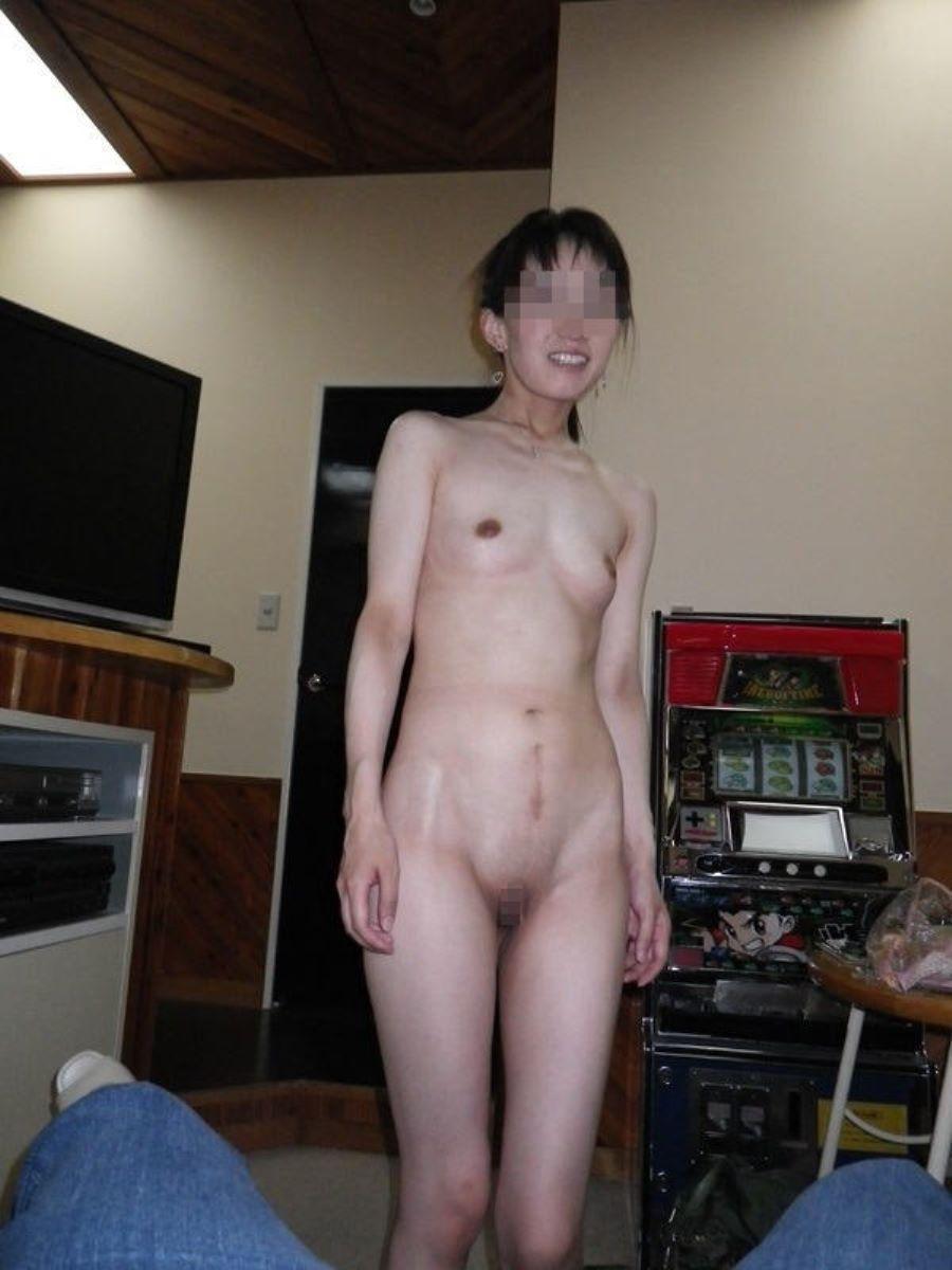 貧乳 スレンダー 熟女画像 56