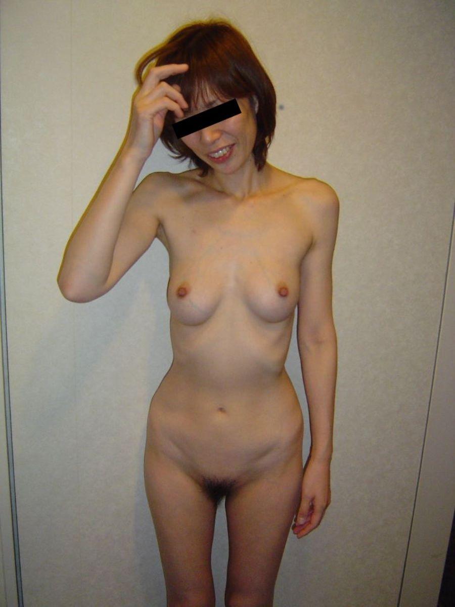 貧乳 スレンダー 熟女画像 70