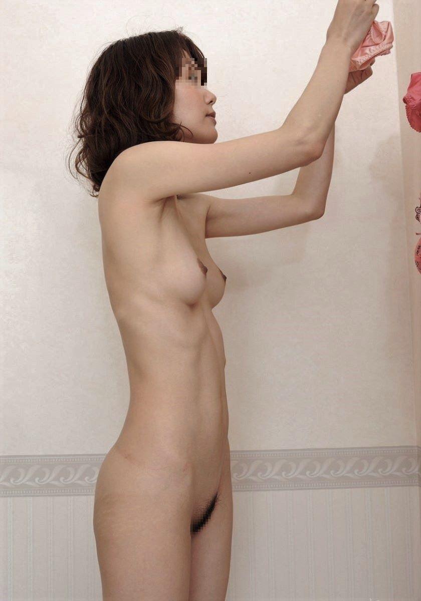 貧乳 スレンダー 熟女画像 93