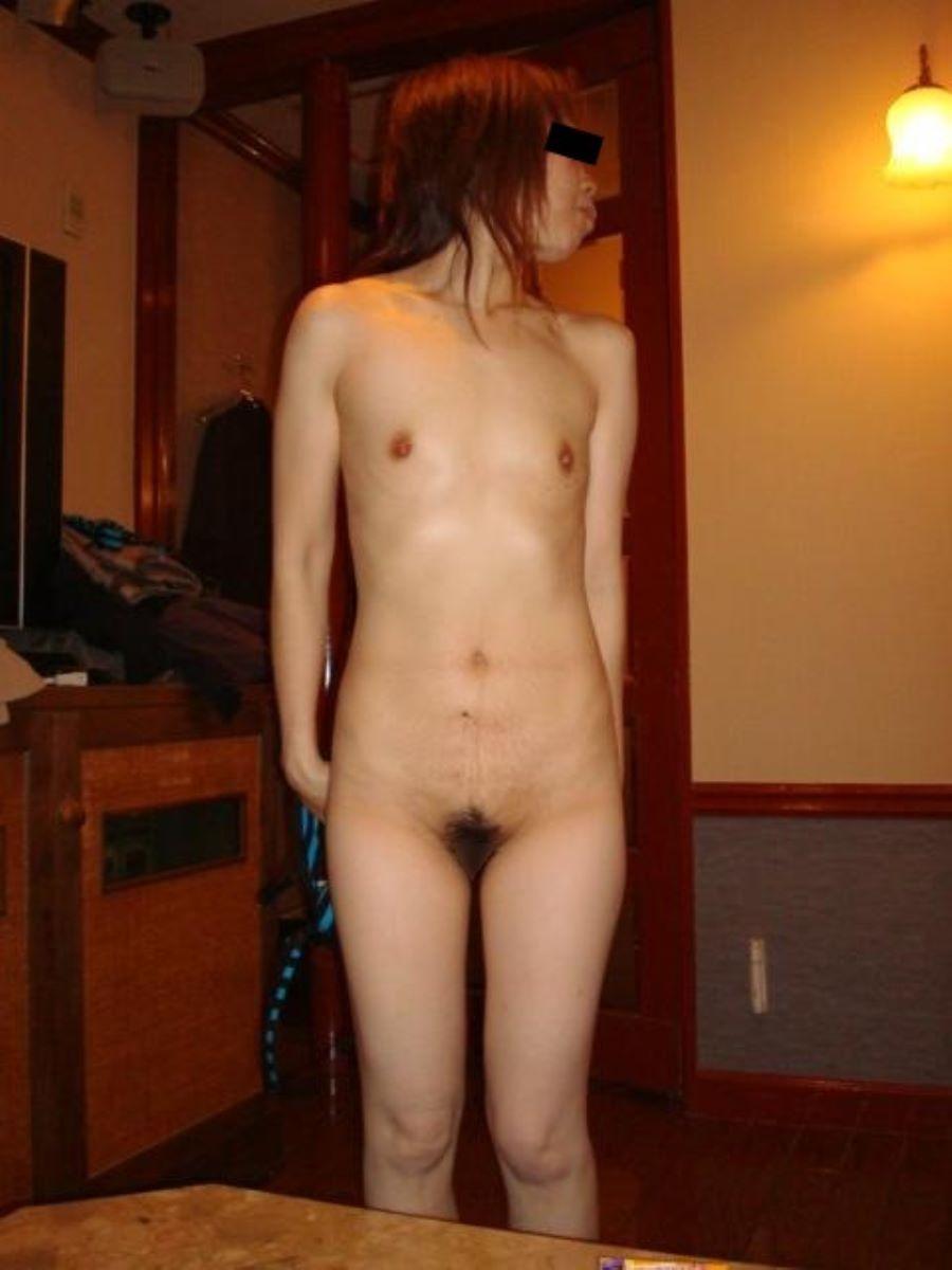 貧乳 スレンダー 熟女画像 99