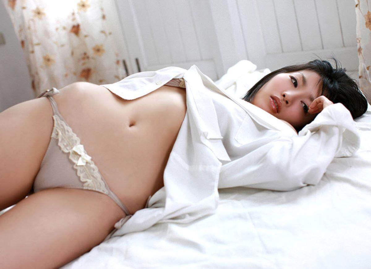 裸ワイシャツ 白シャツ エロ画像 84