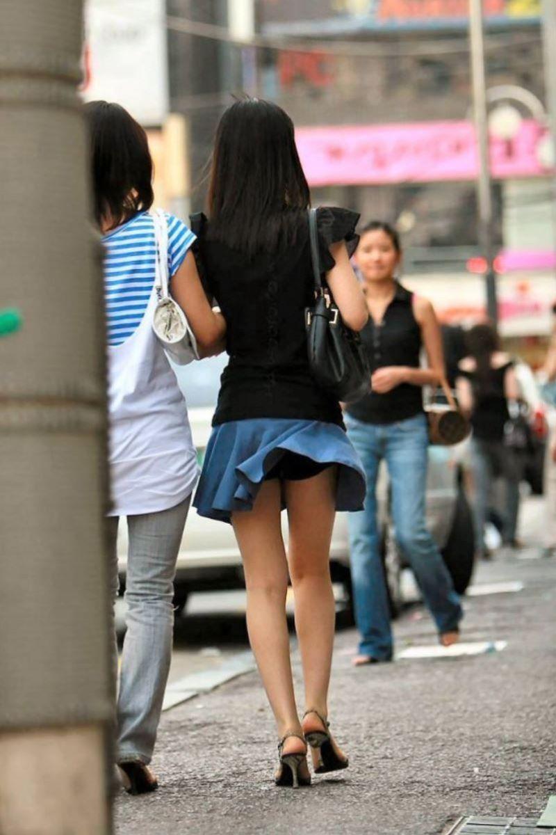フレアスカート 街撮り エロ画像 44