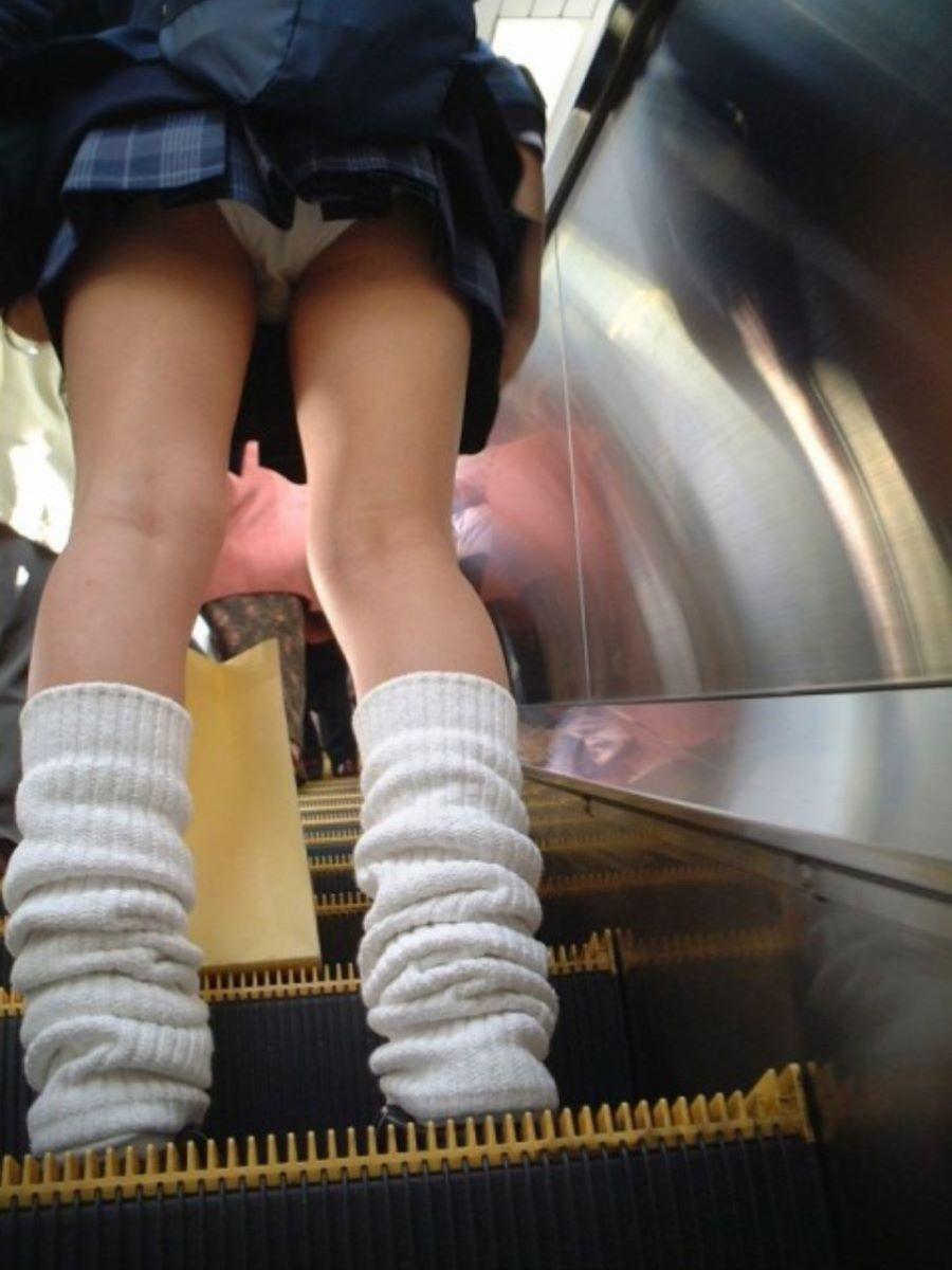 ミニスカJK 階段パンチラ 画像 116