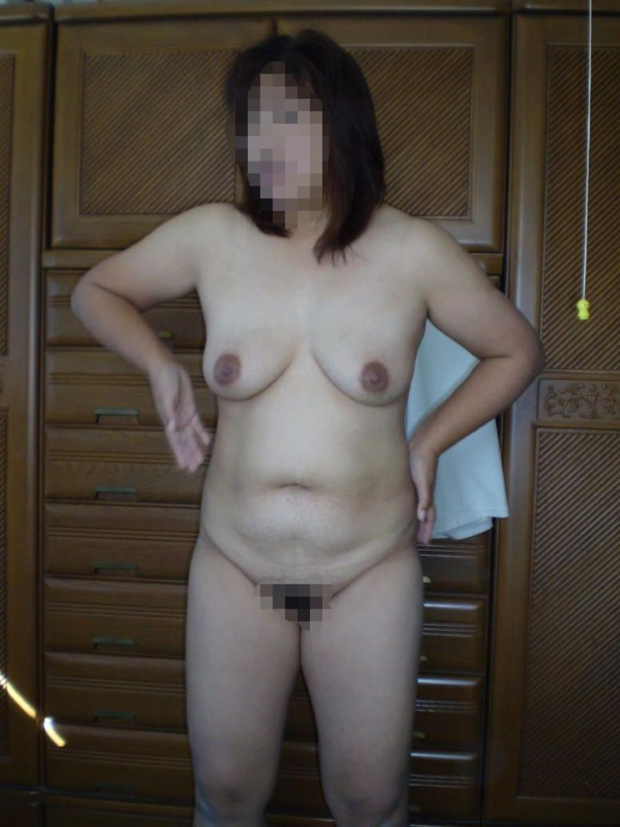 人妻 ヌード 画像 42