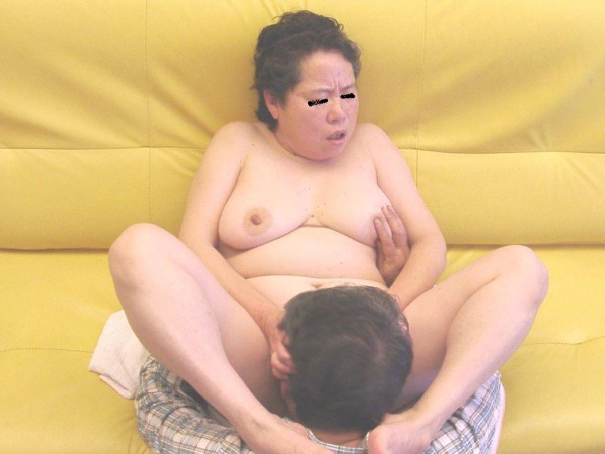 熟女 人妻 クンニ画像 73