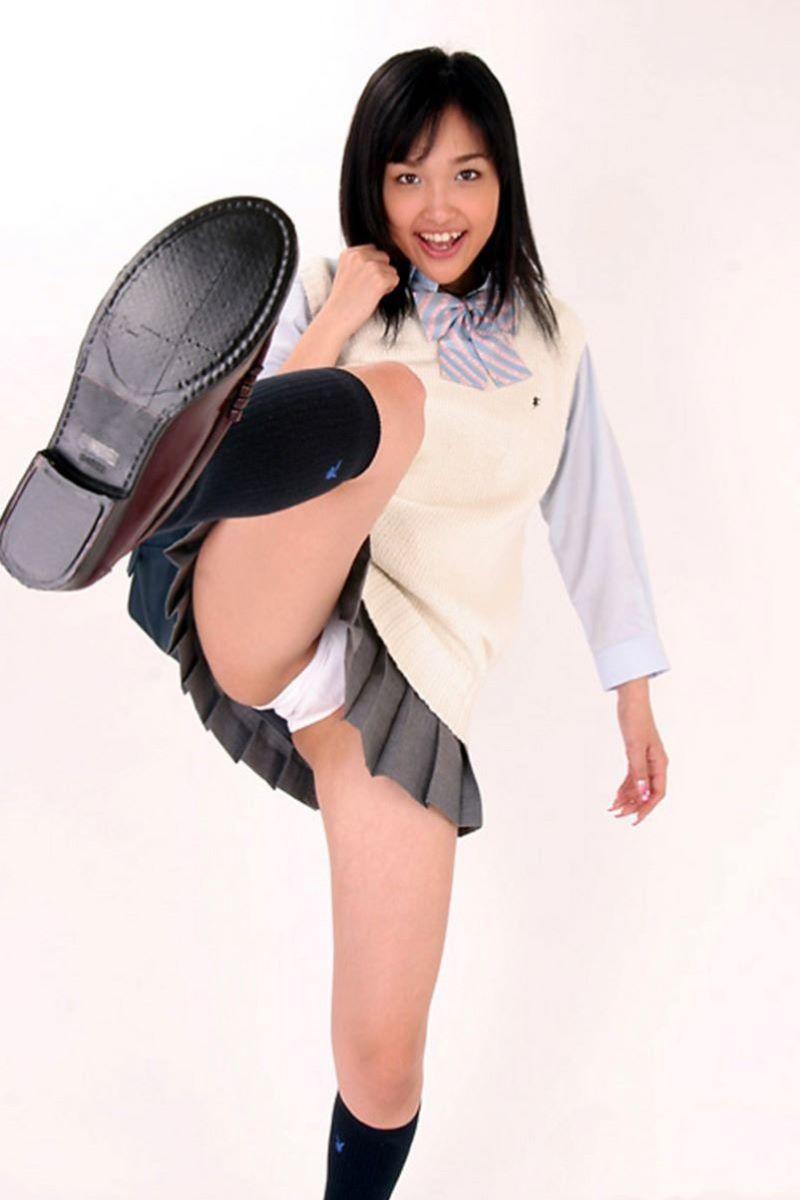 蹴り パンチラ キック JK画像 63