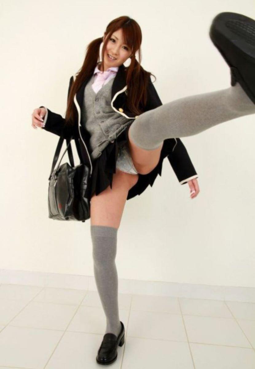 蹴り パンチラ キック JK画像 116