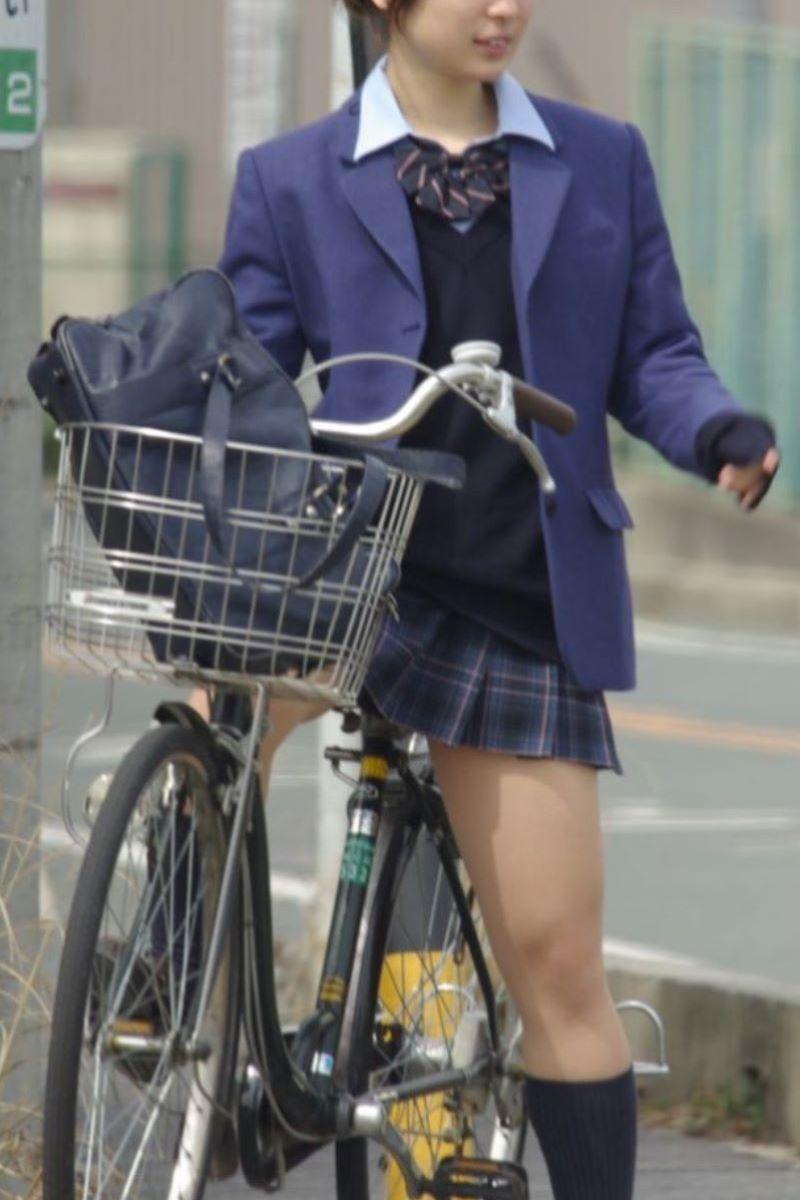 自転車通学 ミニスカ JK画像 1