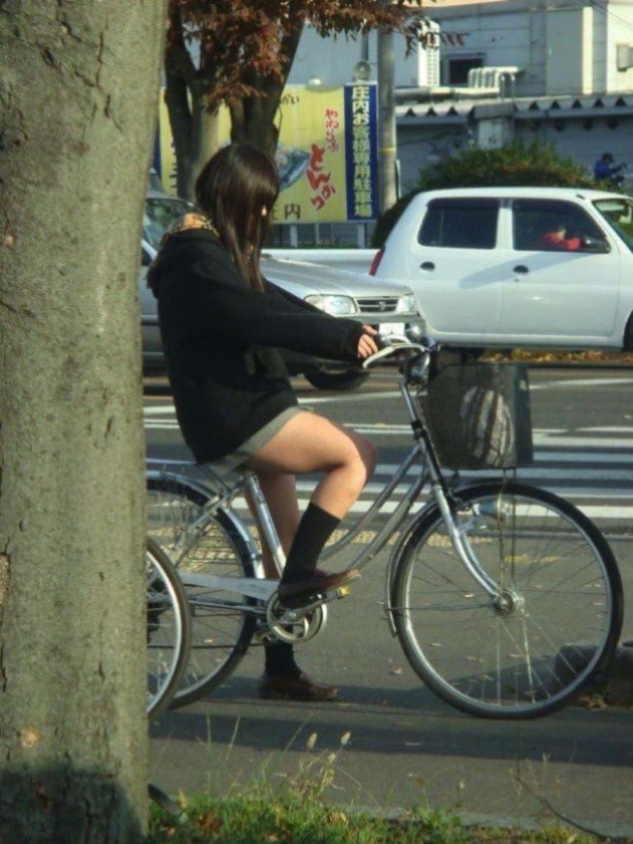 自転車通学 ミニスカ JK画像 6