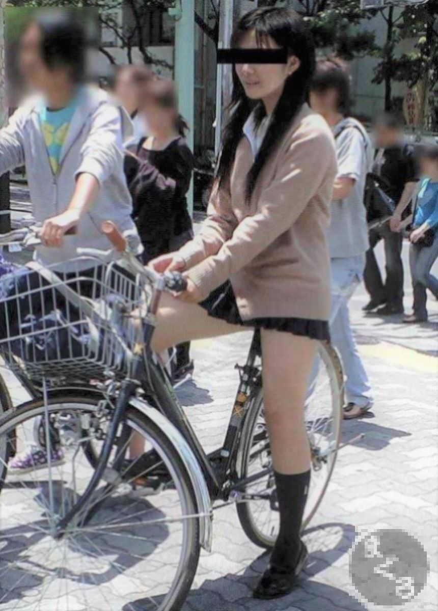 自転車通学 ミニスカ JK画像 8