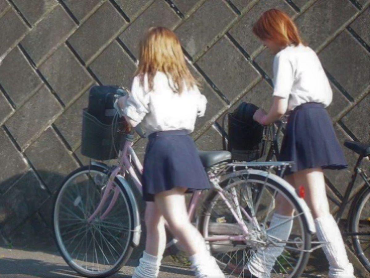 自転車通学 ミニスカ JK画像 10