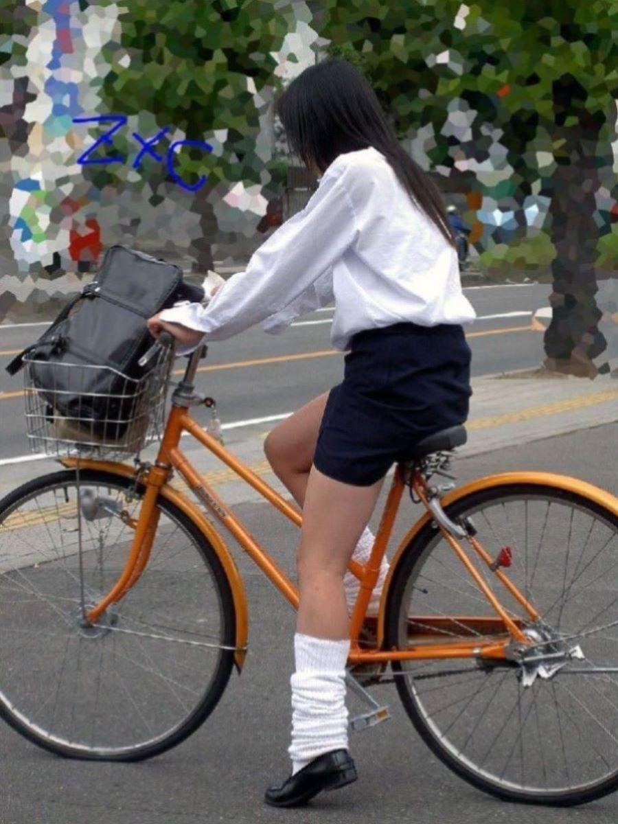 自転車通学 ミニスカ JK画像 13