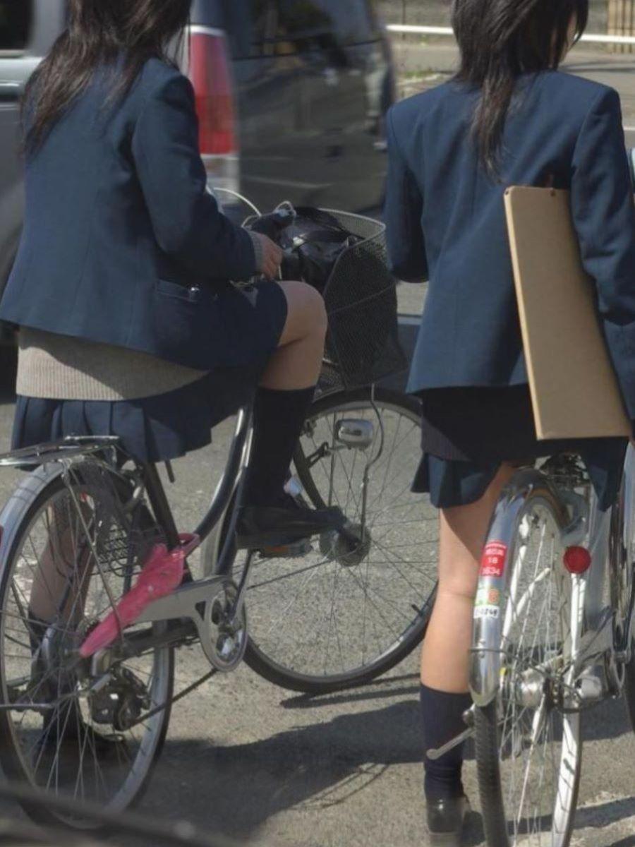 自転車通学 ミニスカ JK画像 17