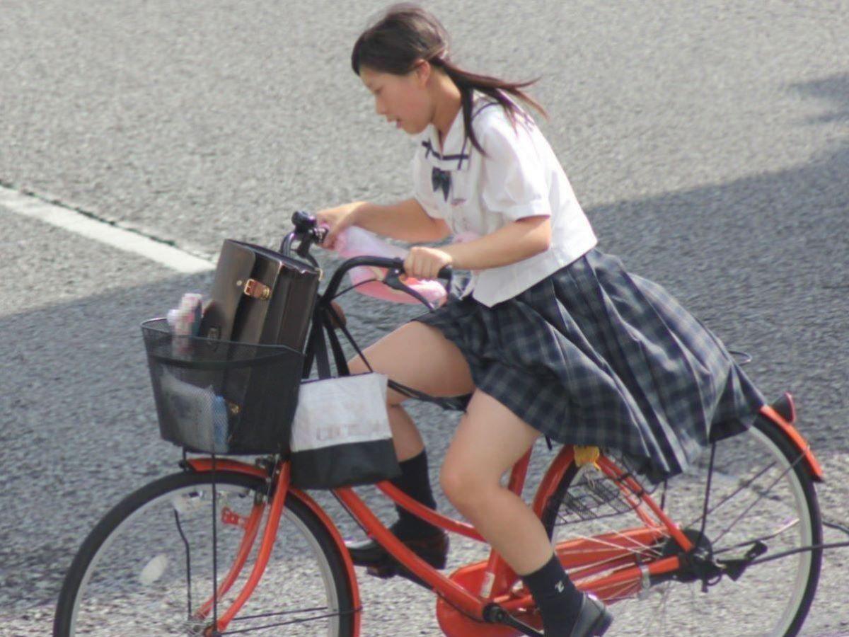 自転車通学 ミニスカ JK画像 20