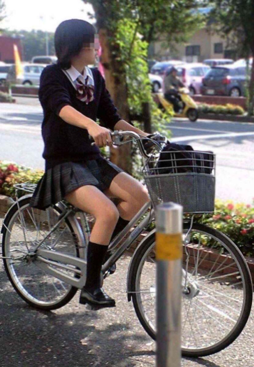自転車通学 ミニスカ JK画像 21