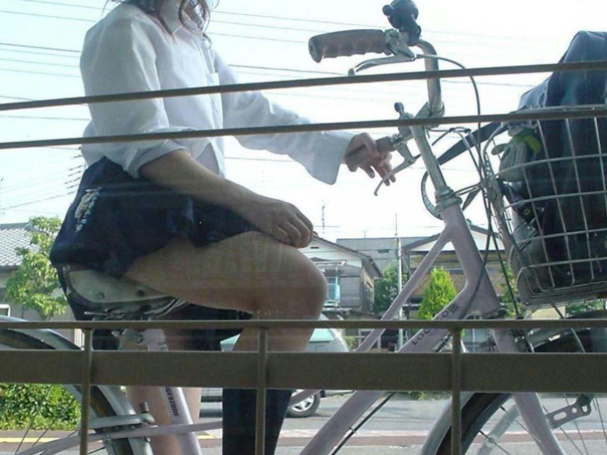 自転車通学 ミニスカ JK画像 22
