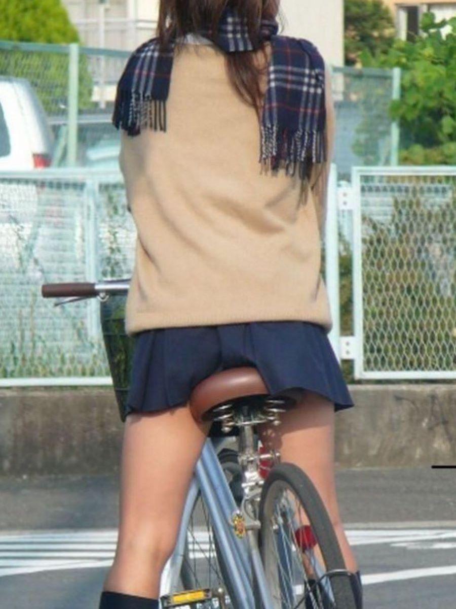 自転車通学 ミニスカ JK画像 25
