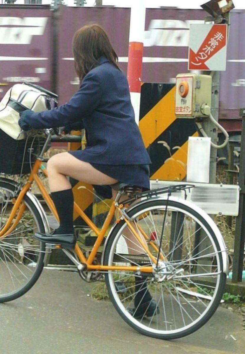自転車通学 ミニスカ JK画像 37
