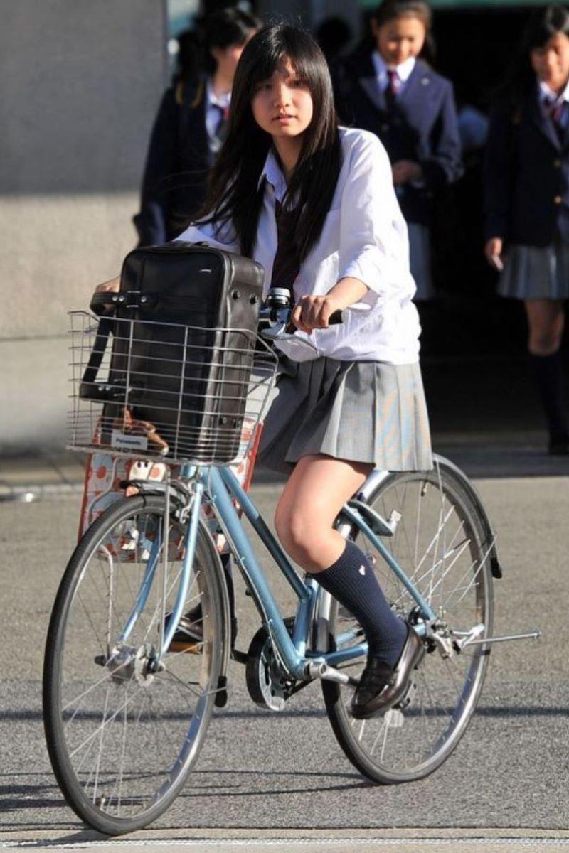 自転車通学 ミニスカ JK画像 41