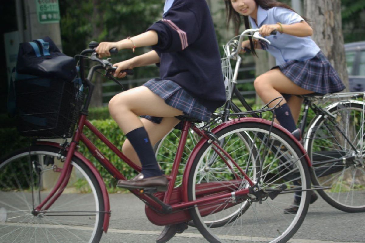 自転車通学 ミニスカ JK画像 51