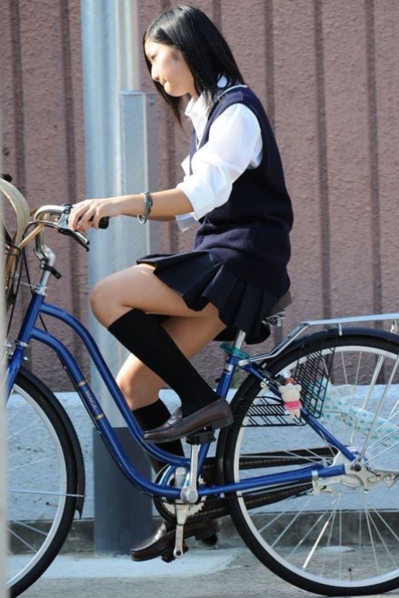 自転車通学 ミニスカ JK画像 56