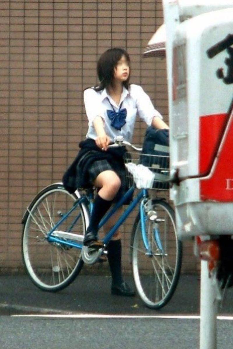 自転車通学 ミニスカ JK画像 76