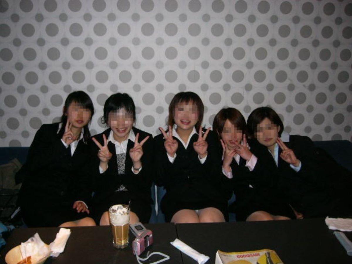 カラオケ パンチラ 画像 89