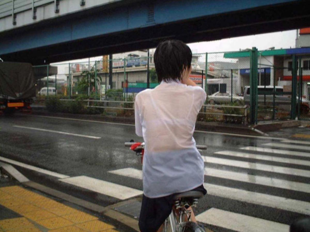 濡れ透け JK画像 43