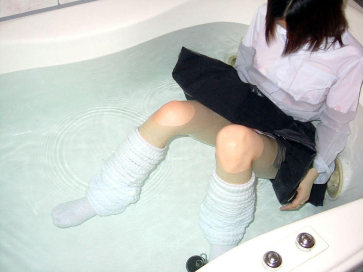 濡れ透け JK画像 75