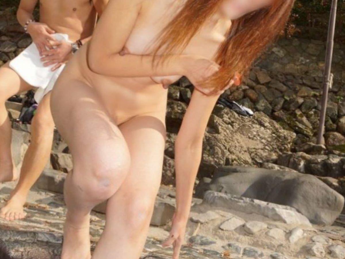 混浴 露天風呂 素人 熟女 ヌード画像 49